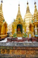 Autel, Shwedagon Pagoda, Yangon, Myanmar