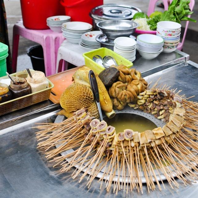 Brochettes de tripes - Yangon, Myanmar