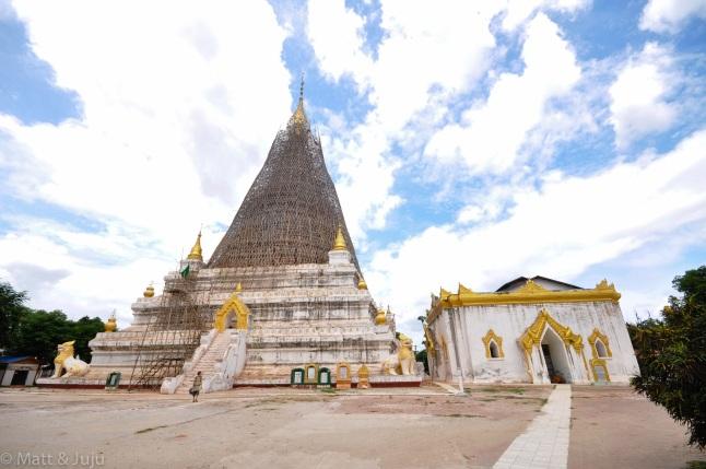 Myanmar - Mandalay - Nogatataphu Hpaya, 2015