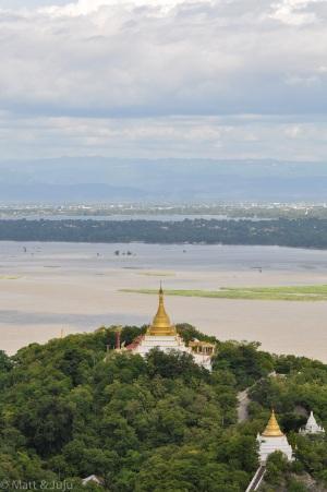 Myanmar - Mandalay - pagoda over Irrawaddy, 2015