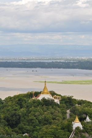 Myanmar - Mandalay - pagoda over Irrawaddy, 2015